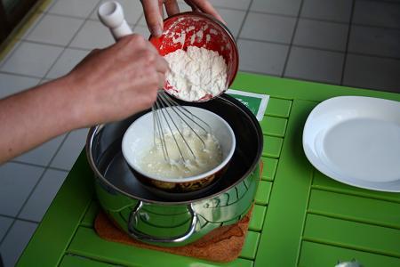 Maisstaerke_einruehren