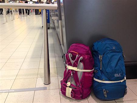Backpacks_Flughafen_Amsterdam