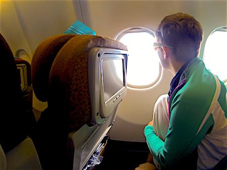 im_Flugzeug_zur_Bali_Rundreise
